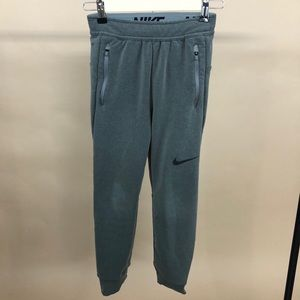 Nike Boys Therma Fit Dri Fit Gre Joggers Small